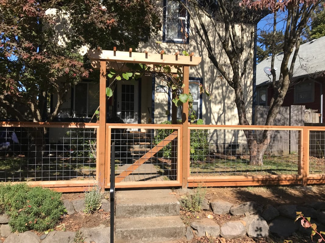 hogwire fence with gate