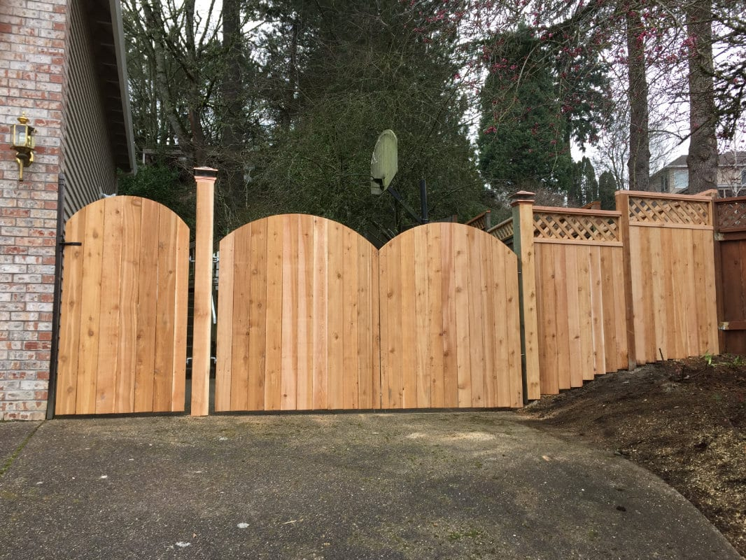 cedar rv gate with lattice top
