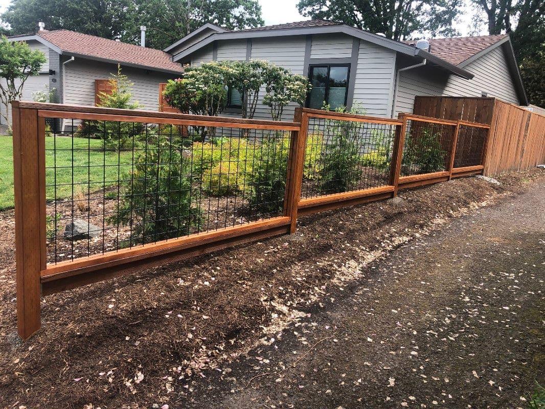 hogwire fence