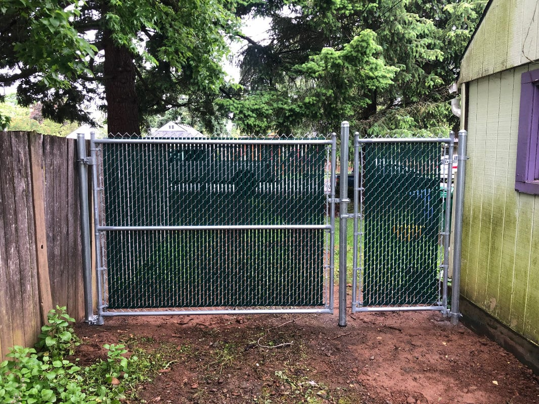 chain link side gate